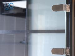 Фурнитура для стеклянных дверей дешево