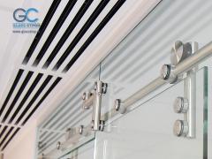 Фурнитура для раздвижной душевой кабины из стекла